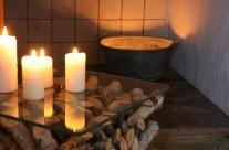 Massaggio con pietre laviche calde